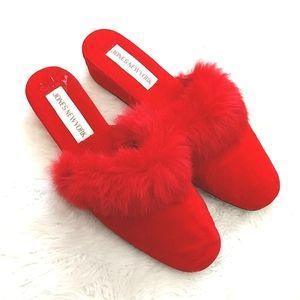 ❤️Jones New York❤️Red Velvet Fluffy flipper